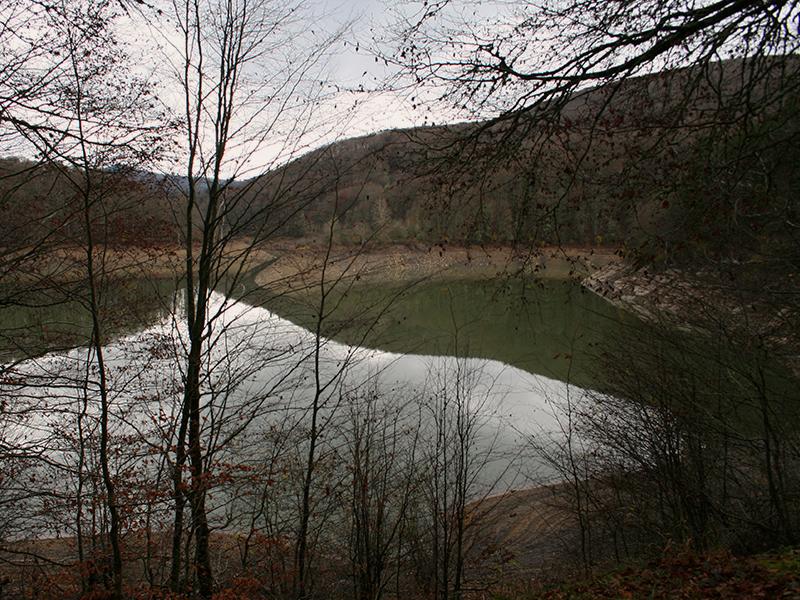 Pirineo navarro: Embalse de Irabia