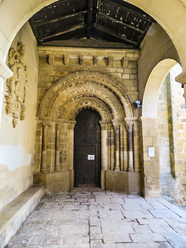 San Martín de Unx: Iglesia e San Martín de Tours.