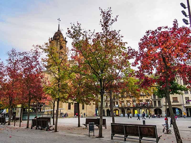 Estella: Plaza de los Fueros.
