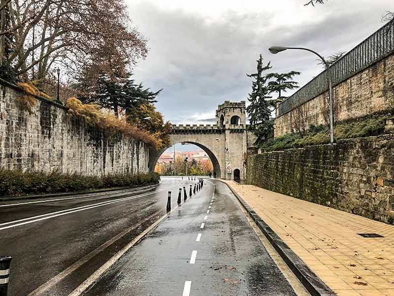 Turismo en Pamplona: Ruta de La Muralla.