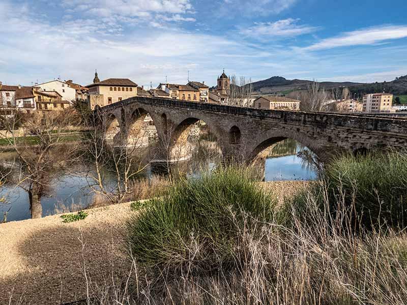 Pamplona y alrededores: Puente La Reina.