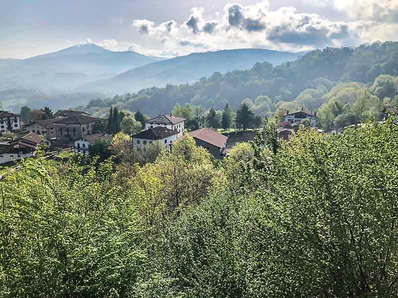 Norte de Navarra: Mirador del Valle del Baztán.