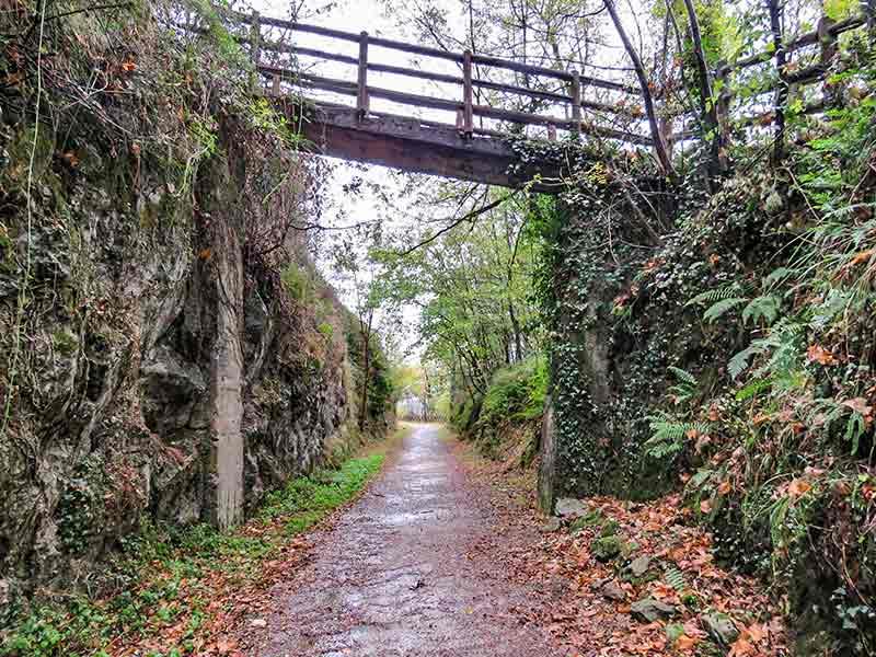 Valle Larraun: Vía verde Plazaola.
